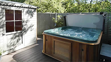 Private hot tub, optional extra for guests at Beech Cottage and Oak Cottage