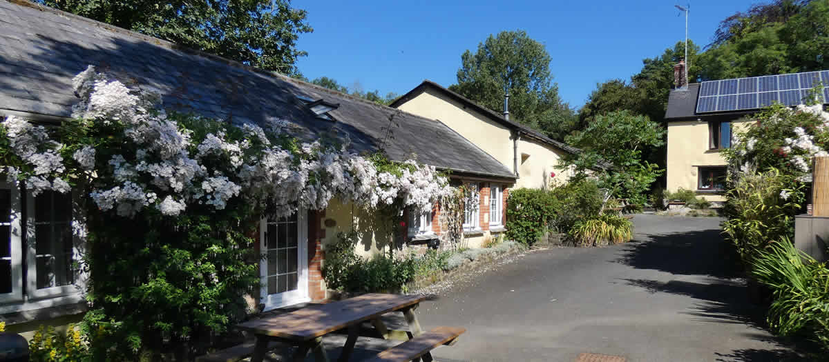 Carpenter's Tinney Holiday Cottages